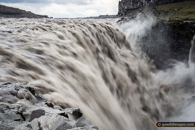 Dettifoss, the 'most powerful' falls in Europe. This river, Jökulsá á Fjöllum, could see massive flooding if the Barðabunga volcano erupts and melts through the 700-900m of glacial ice above it.