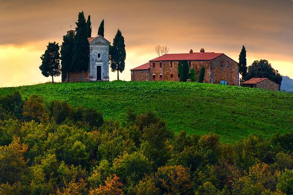 A Statue Of Faith - Val d'Orcia Region, Tuscany, Italy
