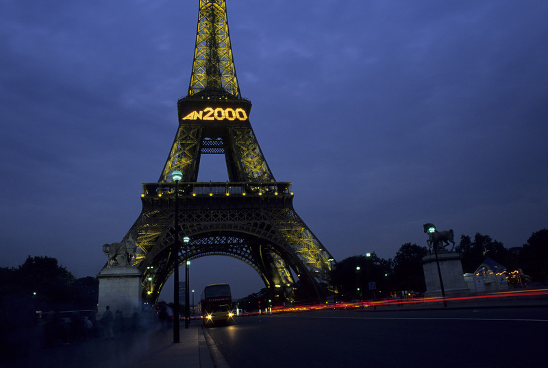 Eiffel tower, end of a century