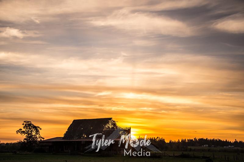 36  G Barn Sunset Sky