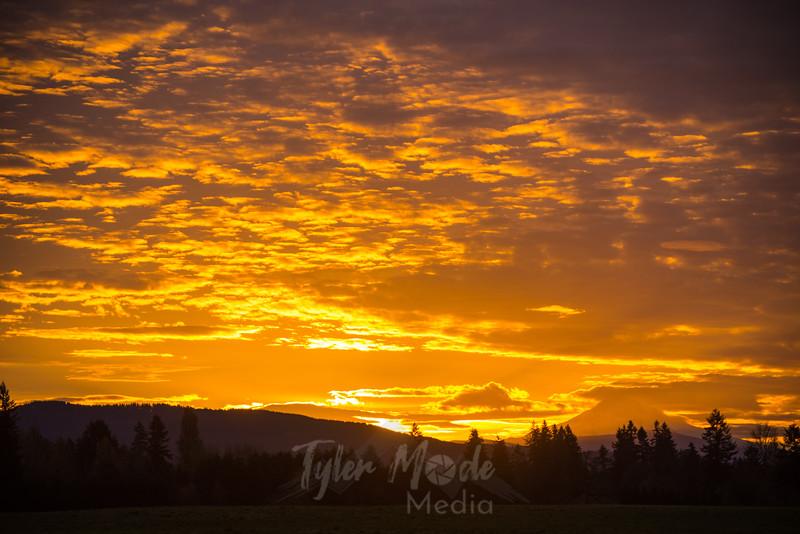 26  G Hood Sunrise