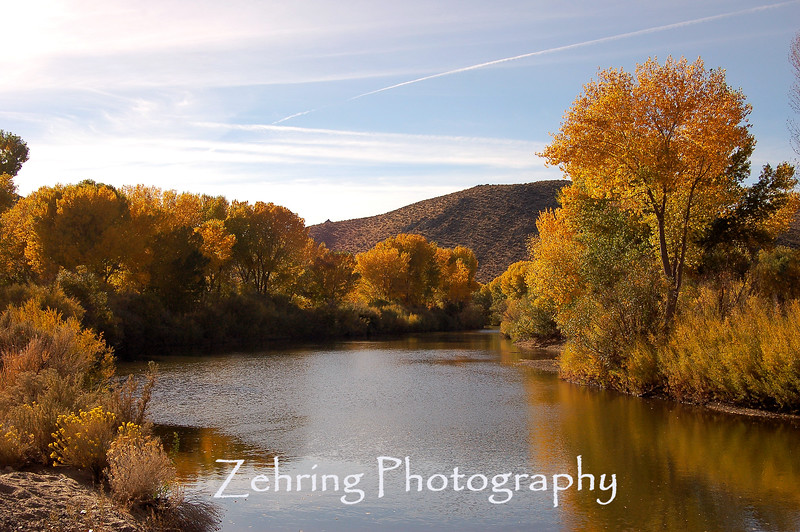 Serene fall moment on the Carson River as it run behind Carson City, Nevada's state capital.