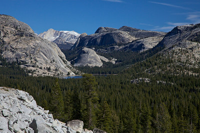 High Mountain Lake Vista, Yosemite