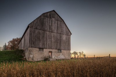 Old barn near London, Ontario