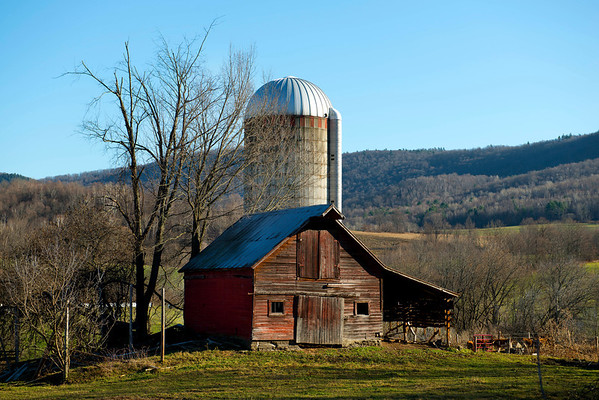 517 Barn Breeze Hollow Rd, Hoosick, NY LR