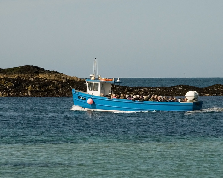 Boat to Farne Islands