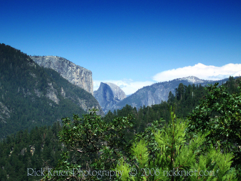 Eileen's excellent photo of the scenic view of Half Dome mountain, taken near the merge of route 120 with route 140 inside Yosemite National Park.<br /> <br /> P7270557-YosemiteScenicView-2 copy.jpg