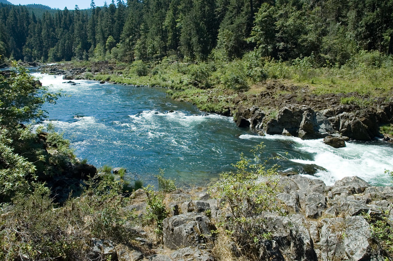 Another view of the Umpqua RIver on route 138 as we make our way toward Crater Lake, OR. A nice spot for a picnic, although we had no lunch with us, but it was nice to stop for a few minutes and enjoy the scenery.<br /> ND70_2006-07-26DSC_5938-UmpqaRiver-2 copy.jpg