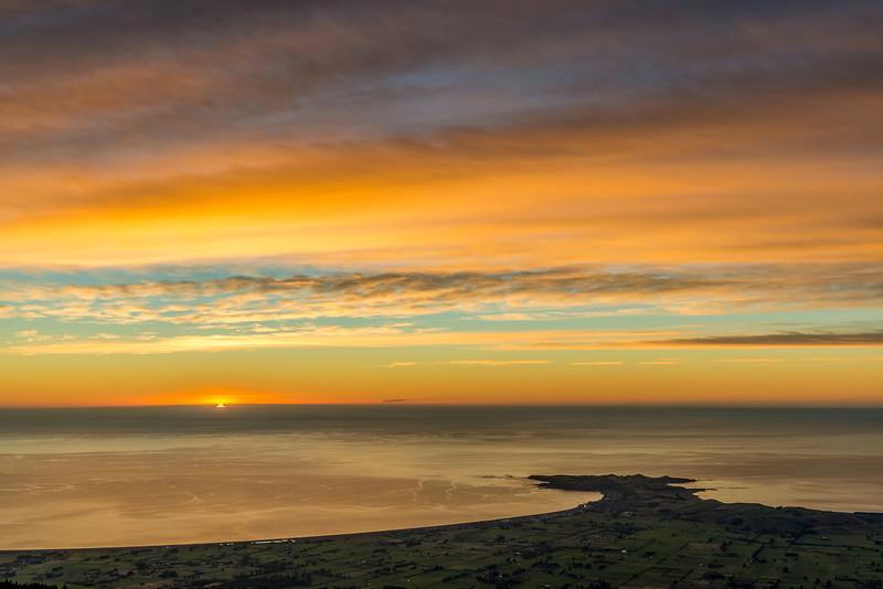 Sunrise over the Kaikoura Peninsula - 1