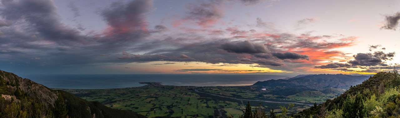 View of the Kaikoura Peninsula at sunset