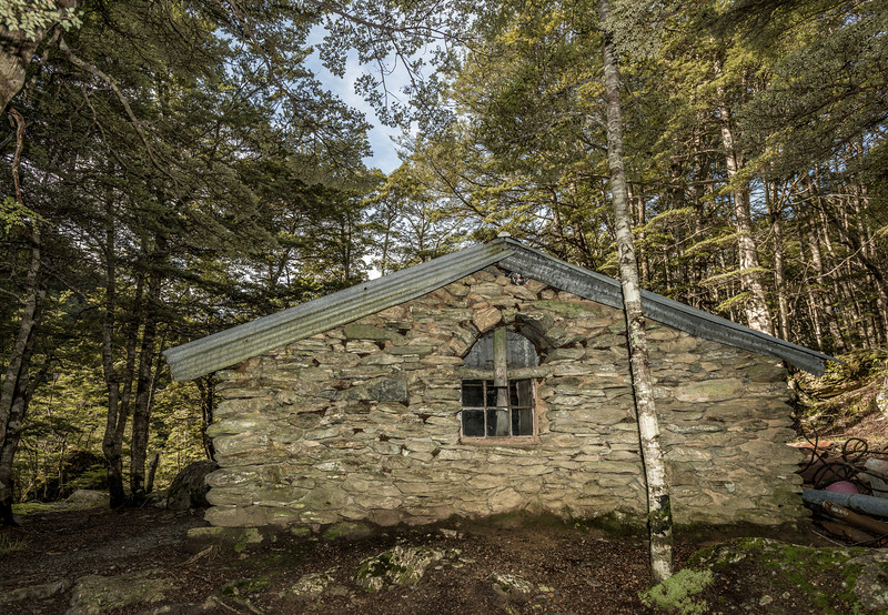Sam Sumners Hut