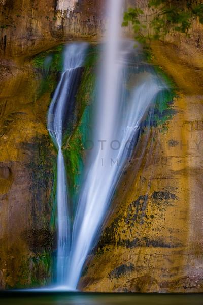 Beautiful Lower Calf Creek Falls, Grand Staircase Escalante, Utah