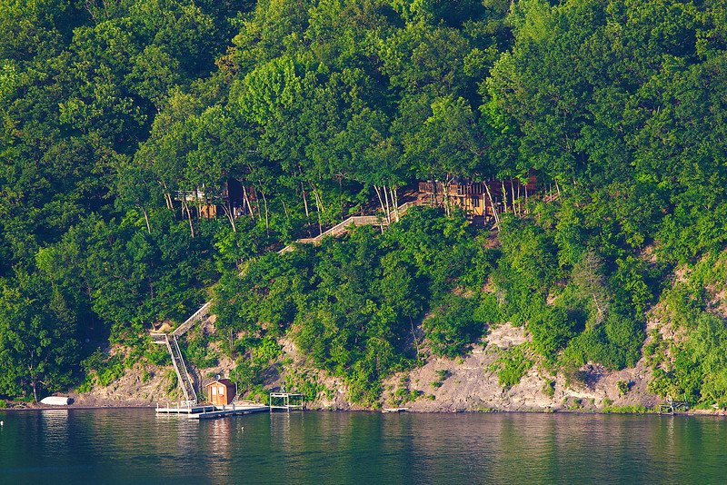 Other side of Keuka Lake using 700mm lens.