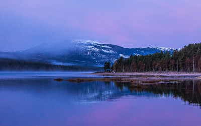 Aurlandsfjorden inn i blåtimen