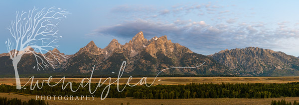 wlc Eve and Tetons4162019-Pano
