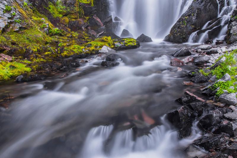 Kings Creek Falls-IN TIGHT