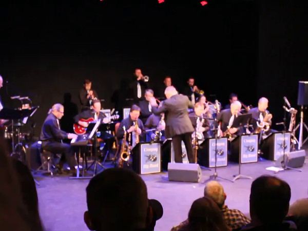 MVI_3648 Joy to the World Compaq Big Band