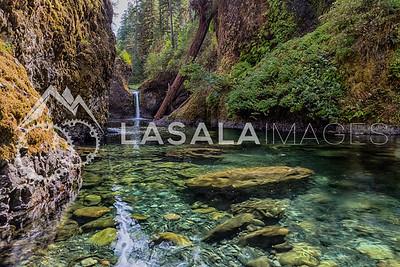 Punchbowl Falls, Columbia Gorge Oregon