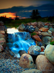 Small water fall_W2I4903