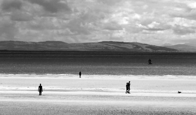 Anthony Gormley's Another place - or the men on the beach