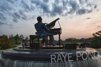 Ray Charles Memorial at Sunrise.