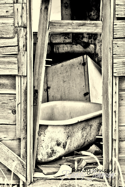IMG_4160Bathtub