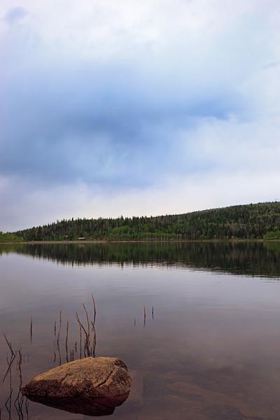 rock_and_lake