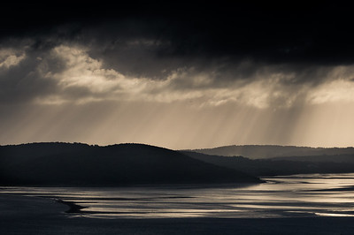 More sun rays over Silverdale and Arnside Knott