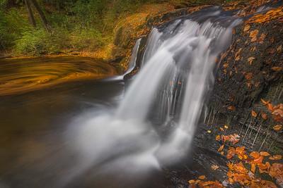 Avery Creek Falls_ North Carolina