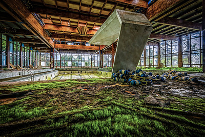 Grossinger Abandoned Resort ~ Liberty, NY ~ Read my 3 part story @  Part I ~ http://goo.gl/2ZhyJI Part II ~ http://goo.gl/lYCNAS Part III ~ http://goo.gl/oyFjJZ
