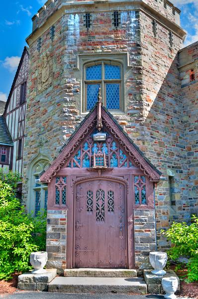 HDR TKed Higgens House at WPI Doorway detail