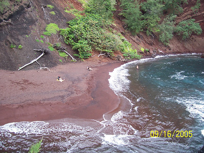 Beach (Road to Hana)