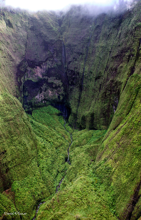 Waialeale Crater Bowl