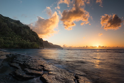 Sunset at Ke'e Beach.