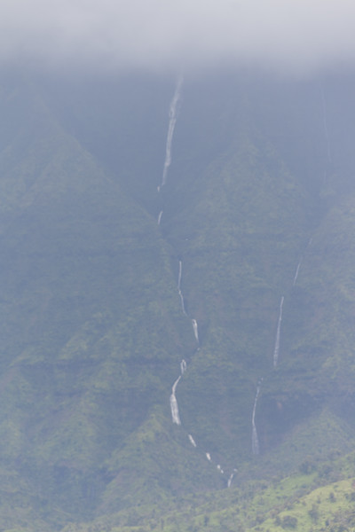 Hanalei Bay view of waerfalls