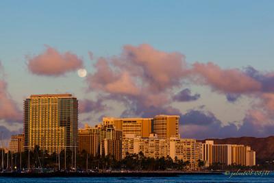 WaikikiMoonrise081211-1