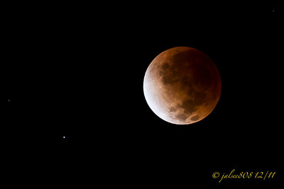 LunarEclipse121011