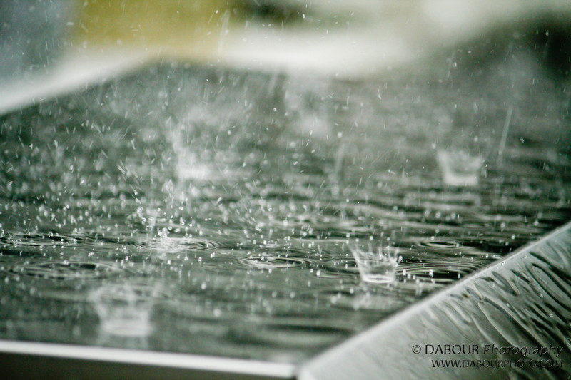 Heavy Rain falls violently during lunch