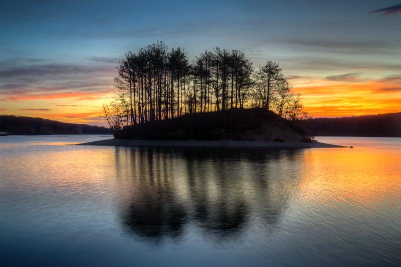 Sunrise Island - Hopkinton State Park - Tom Sloan