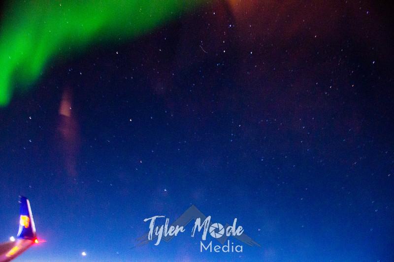 1  G Northern Lights Plane