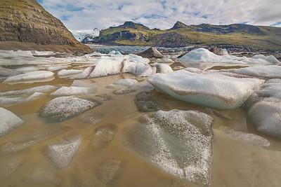 Icebergs in Svínafellsjökull glacier