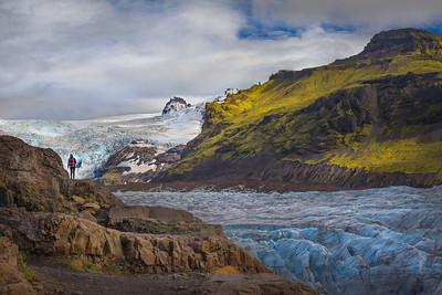 Hiking in the Svínafellsjökull glacier