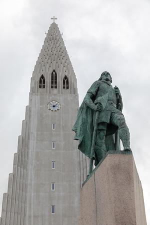 Leif Erickson statue in front of Hallgrímskirkja in Reykjavik