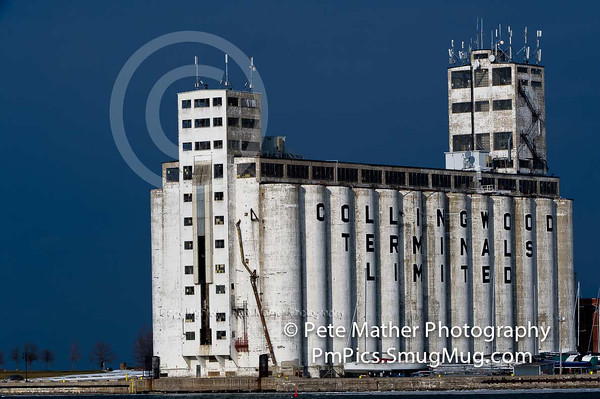 The Collingwood Grain Terminal. The biggest Icon in Collingwood. I  was amazed with the deep  blue rich background colour when i took the shot. in the wintertime.