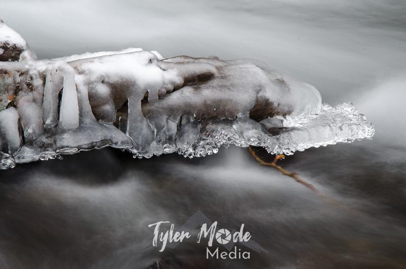 95  G Bridal Vail Creek Ice