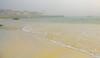Une brume tombe , mouillee comme une greve apres la maree , une brume qui sent le sable et le sel...