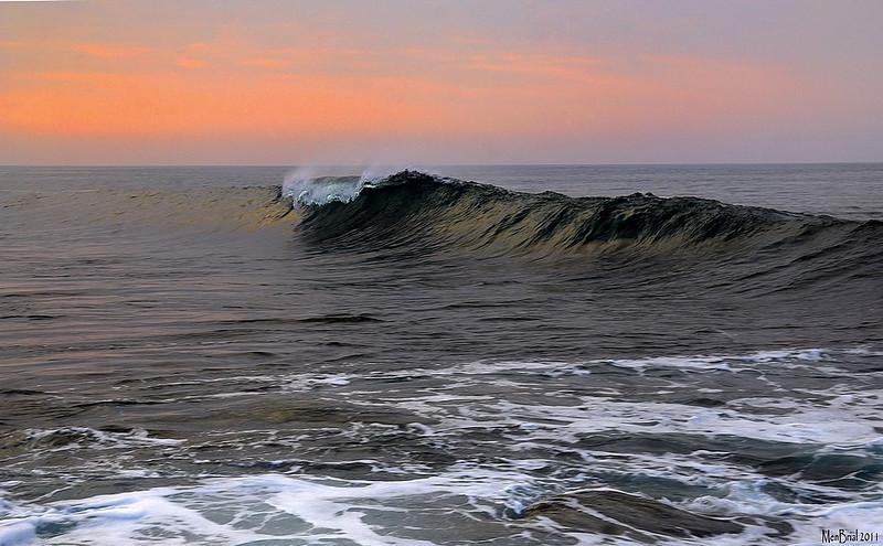 Silence of the wave ( ile de sein)