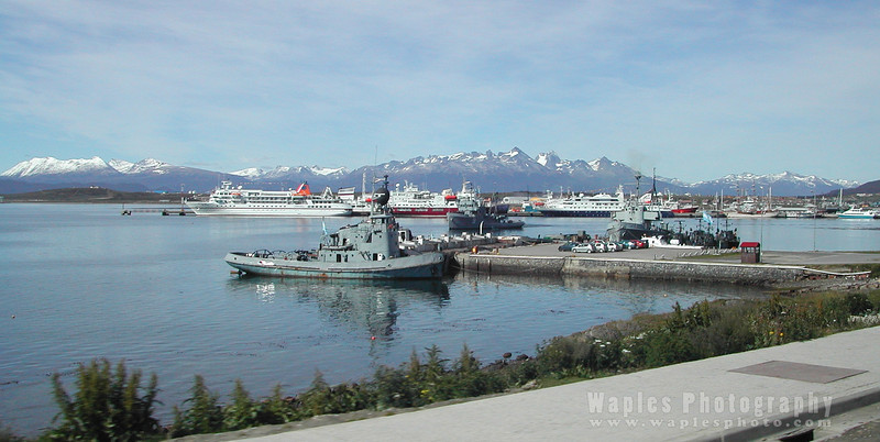 N3657 Ushuaia Harbor-6