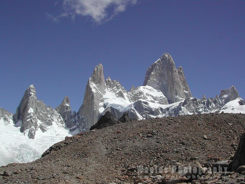 N3816 Peaks of Patagonia-28
