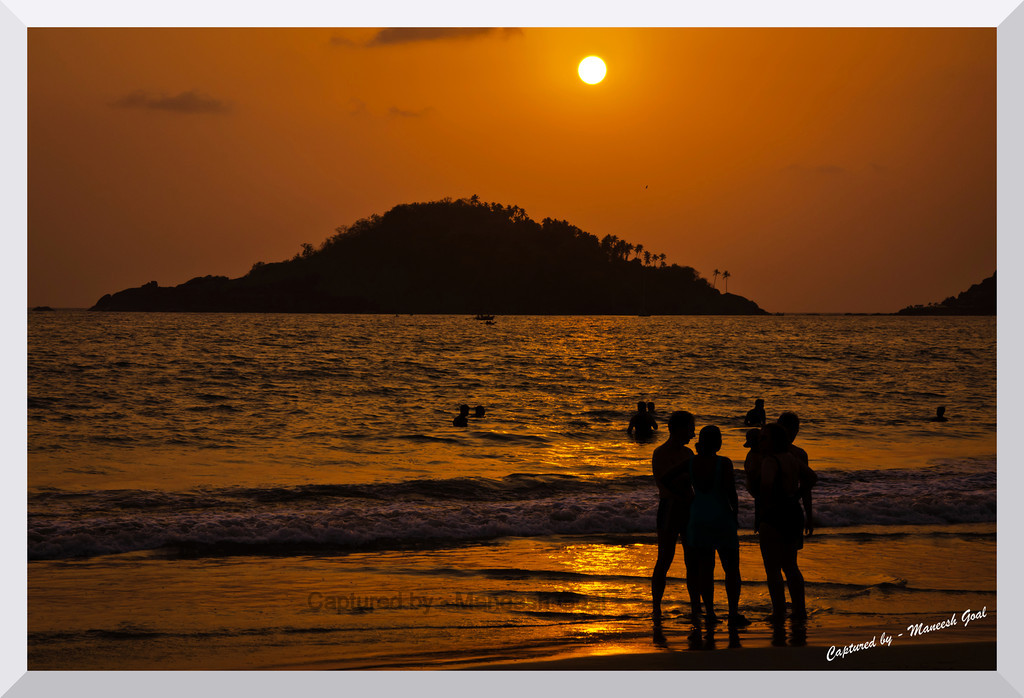 So what do we do now? Palolem Beach at Sunset time (Kankon Island in the background)